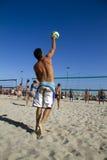 Strandvolleyboll Royaltyfri Bild