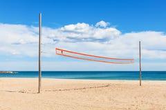 Strandvolleyboll förtjänar fotografering för bildbyråer