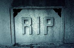 Strappo del segno in una tomba immagini stock libere da diritti