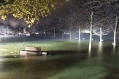 Straripamento di Maggiore del lago a Ispra, Varese Immagine Stock