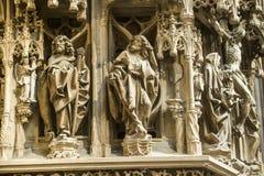 Strasbourg - den gotiska domkyrkan, skulpturer Royaltyfria Bilder