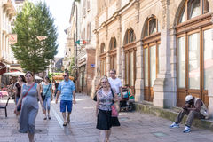 STRASBOURG FRANKRIKE - Augusti 23: Gatasikt av traditionellt hous Royaltyfri Bild