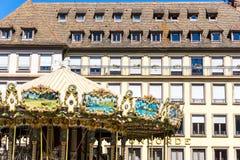 STRASBOURG FRANKRIKE - Augusti 23: Gatasikt av traditionellt hous Fotografering för Bildbyråer