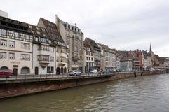 Strasbourg Frankrike - 3 Maj, 2016: Härlig gammal stad av Strasbour Arkivfoton