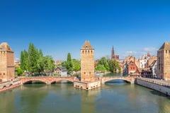 Strasbourg medeltida bro Ponts Couverts. Arkivfoto