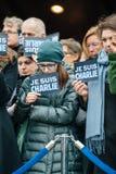 Strasbourg rymmer tyst vaka för de som dödas i Paris attack Royaltyfri Fotografi