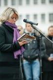 Strasbourg tient le vigile silencieux pour ceux tués dans l'attaque de Paris Photos stock