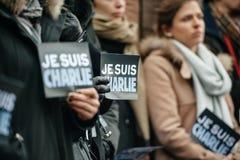 Strasbourg tient le vigile silencieux pour ceux tués dans l'attaque de Paris Images stock