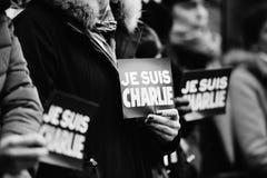 Strasburgo tiene la veglia silenziosa per quelle uccise nell'attacco di Parigi Fotografia Stock