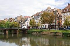 Strasburski ` s pejzaż miejski z Chorą rzeką Obraz Stock