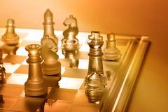 Stratégie commerciale de jeu d'échiquier d'échecs Image libre de droits