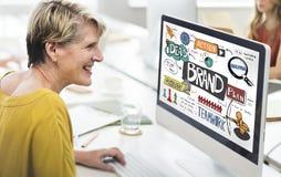 Stratégie de marquage à chaud de marque lançant le concept sur le marché créatif Images stock