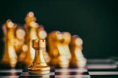 Strategia szachy bitwy inteligenci wyzwania gra na chessboard Obraz Royalty Free