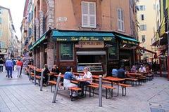 Straten in de Oude stad Nice, Frankrijk Stock Afbeeldingen