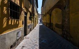 Straten en stegen van de oude stad van Florence Italië stock afbeeldingen