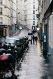 Straten van Parijs in de Regen Stock Fotografie