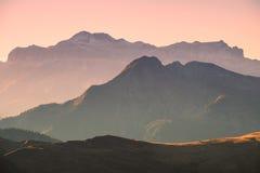 Strati delle dolomia della montagna Immagini Stock Libere da Diritti