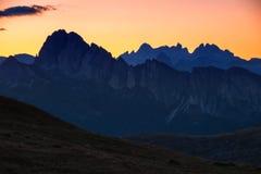 Strati delle dolomia della montagna Fotografie Stock Libere da Diritti