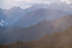 Strati delle dolomia della montagna Fotografie Stock