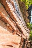 Strati di roccia dai cambiamenti di geologia Fotografia Stock