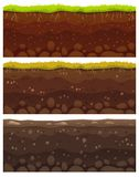 Strati senza cuciture del suolo L'argilla stratificata della sporcizia, lo strato al suolo con le pietre e l'erba sulla scogliera royalty illustrazione gratis