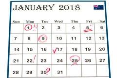Strato del calendario murale con natale del contrassegno rosso il 25 dicembre - Immagine Stock Libera da Diritti