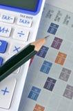 Strato, matita e calcolatore del segno Fotografia Stock Libera da Diritti