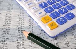 Strato, matita e calcolatore di numero Fotografia Stock Libera da Diritti