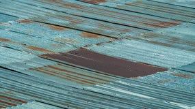 Strato ondulato del tetto del metallo Priorità bassa arrugginita di struttura del metallo Immagini Stock