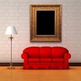 Strato rosso con la lampada standard e la cornice Immagine Stock Libera da Diritti