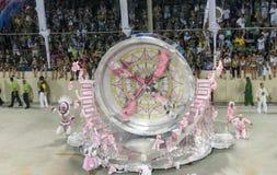 Stravaganza stupefacente durante il carnevale annuale in Rio de Janeiro fotografie stock libere da diritti