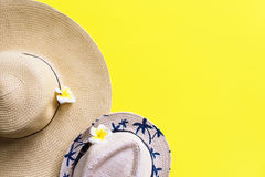 Free Straw Beach Pair Outfit Woman`s Men`s Hat Yellow Stock Images - 97449304