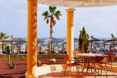 Straw beach umbrellas Royalty Free Stock Photography