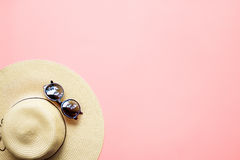 Straw Beach Woman Hat Sun Glasses Top View Pink Stock Photos