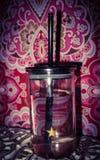 Straw Glass de l'eau images stock