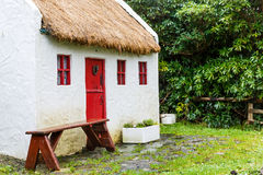 Straw roofed cottage Royalty Free Stock Photography