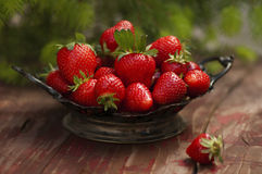 Free Strawberries Royalty Free Stock Photography - 71812657