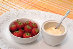 Strawberries and Clotted Cream, Royalty Free Stock Photography
