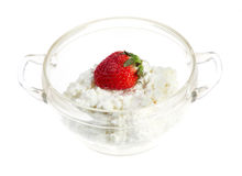 Strawberries and cottage cheese Royalty Free Stock Photography