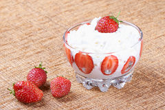 Strawberries with cream Royalty Free Stock Image
