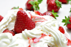 Strawberries and cream Royalty Free Stock Images