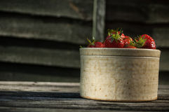 Strawberries Earthenware Royalty Free Stock Image