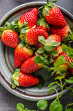 Strawberries fresh pick up Royalty Free Stock Photography