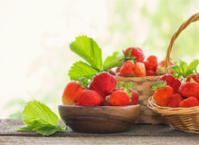 Free Strawberries In Baskets On Wooden Table Outdoor Royalty Free Stock Images - 95570419