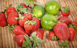 Strawberries with lemons Royalty Free Stock Photos