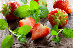 Strawberries and mint Royalty Free Stock Photography