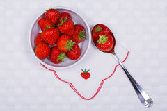 Strawberries with napkin Royalty Free Stock Images