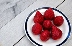 Strawberries on a plate Royalty Free Stock Photography