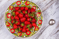 Strawberries in plate Royalty Free Stock Photography