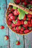 Strawberries in wicker basket Royalty Free Stock Photography